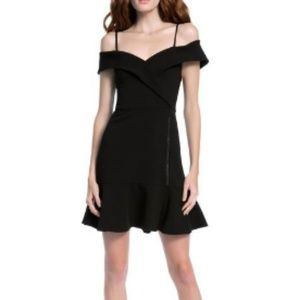 ALICE + OLIVIA- DASH COLD SHLDR FAUX WRP DRESS